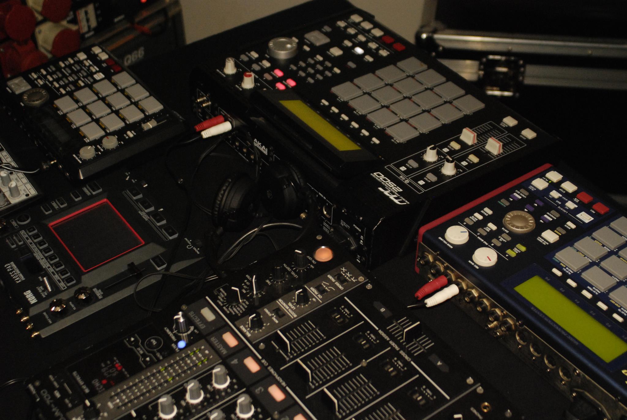BACKYARD JOINTS @ Panke (Berlin) – LIVE: MT & ArcadeHead / Mixed Ape Morphingaz / DJ's: MT, BeatPete, Djeez & Top Cut